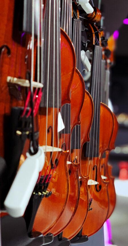 violins sideview